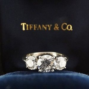 Tiffany & Co 3 Stone Diamond Engagement Ring Plat